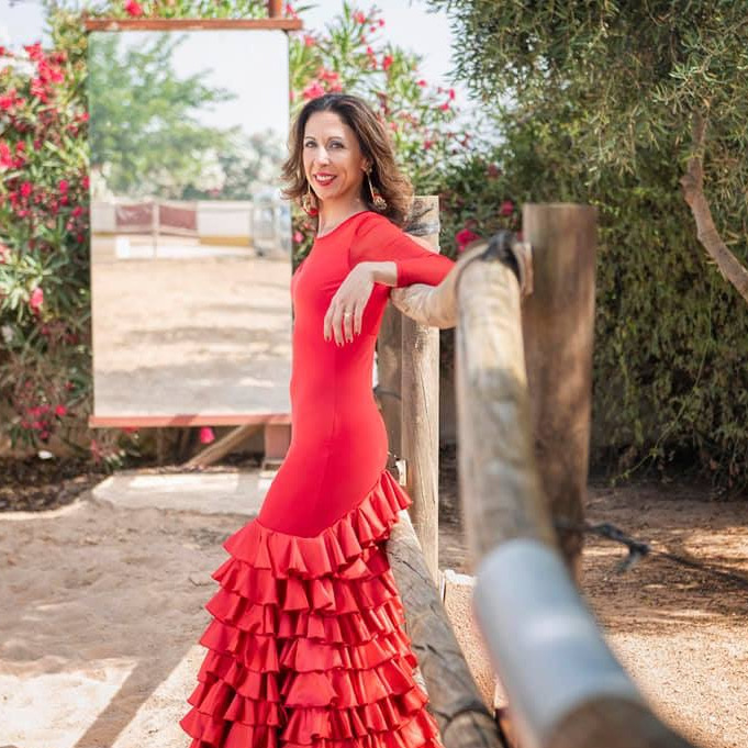 Vestido ensayo y espectaculo flamenco