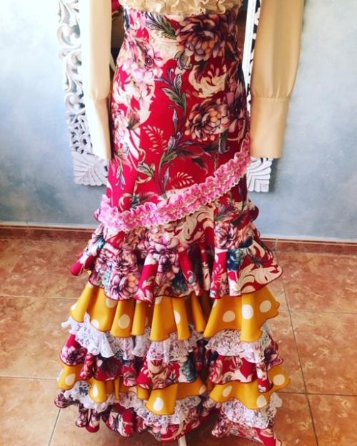 faldas flamenca para espectáculo y ensayo